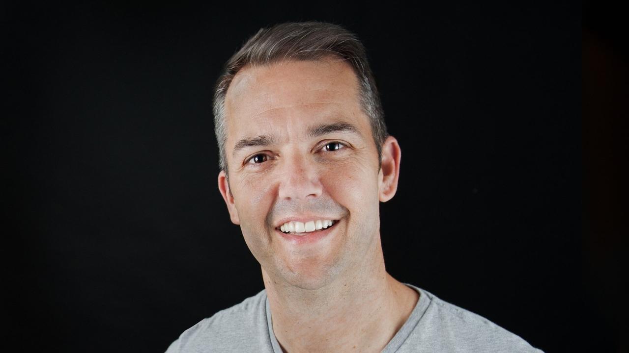 Meet 6-Figure Creative Director John Schreiber 1