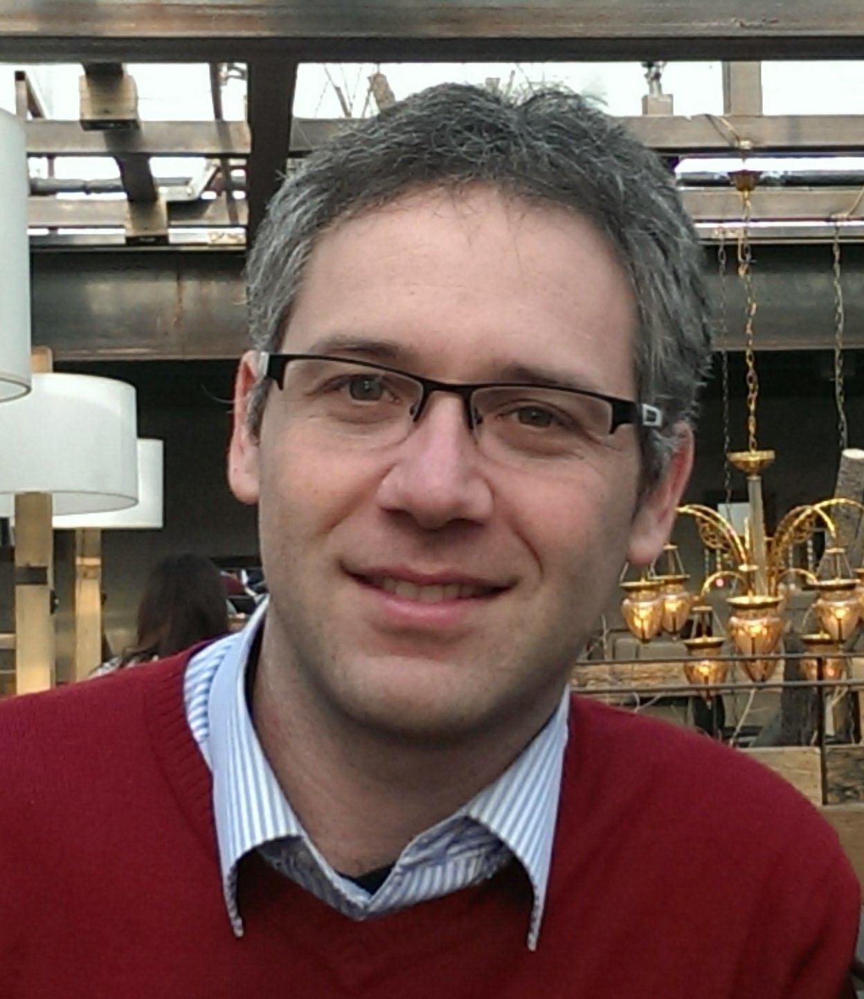 Meet 6-Figure Financial Coach Shlomo Freund 1